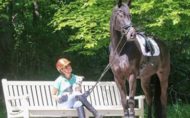 (Nederlands) Suzan de Boer scoort met Dior